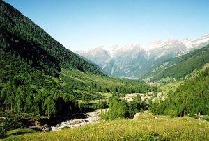 Urs Widmers Geburtsort: Das Lötschental. Quelle: Wikipedia Commons/ Calendula