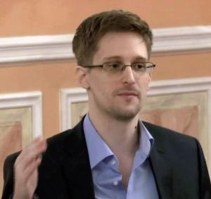Edward Snowden, ein Volksheld (Quelle: Wkimedia Commons/ McZusatz).