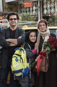 Jafar Panahi mit Nichte Hana und Menschenrechtsaktivistin Nasrin Sotudeh © Weltkino Filmverleih