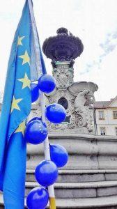 Pulse of Europe auf dem Schlossplatz, Erlangen Foto: Barbara Blum