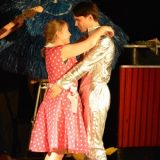Lotte (Sandra Knocke) und Werther (Gabor Bozsik) - Liebe auf dem intergalaktischen Prüfstand